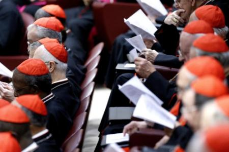 Paus verleent 19 mannen titel van kardinaal
