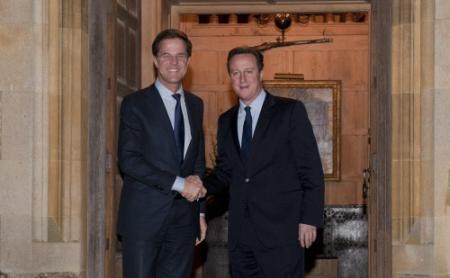 Cameron dankt Nederland voor hulp tegen water