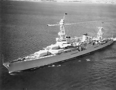 140226_344020_De_Amerikaanse_kruiser_USS_Houston_Wikipedia_450_352.jpg