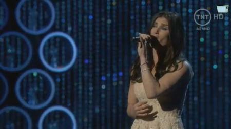 Kristen Anderson-Lopez zingt Let It Go uit de film Frozen