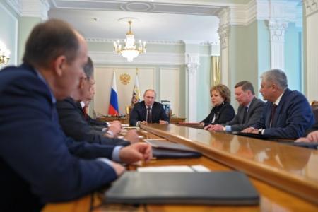 Russische gastycoon vereerd met sancties VS