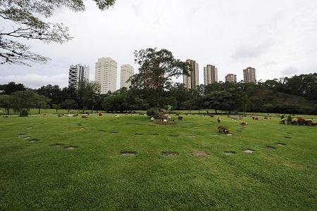 De laatste rustplaats van Ayrton Senna op begraafplaats Cemiterio do Morumbi in zijn thuisstad São Paulo (PRO SHOTS/Jasper Ruhe)