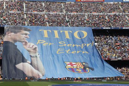 Barcelona herdacht de onlangs overleden oud-trainer Tito Vilanova (PRO SHOTS/Marca)