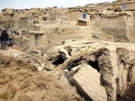Afghanistan: hoop op overlevenden vervlogen