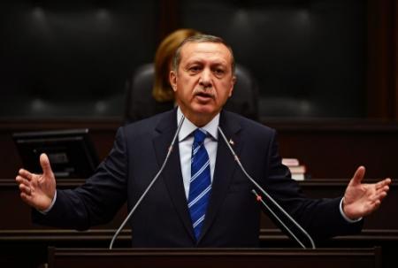 Merkel vraagt Erdogan om'terughoudendheid'