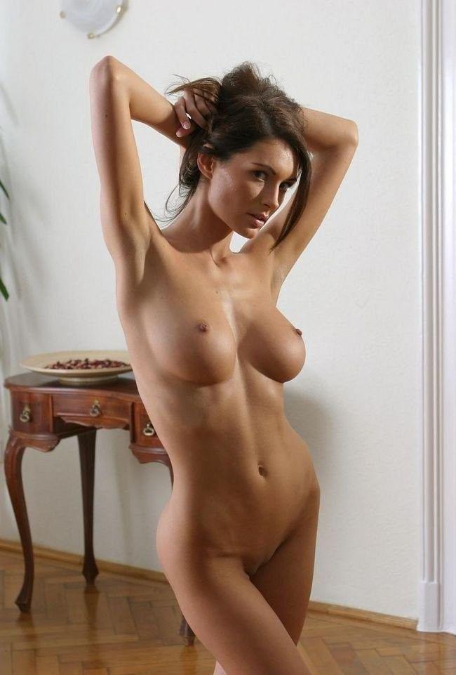 Снимают мерки с голой девушки смотреть порно