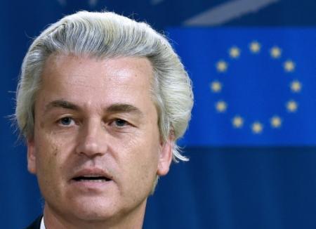 Wilders naar EU-hof voor dubbelmandaat