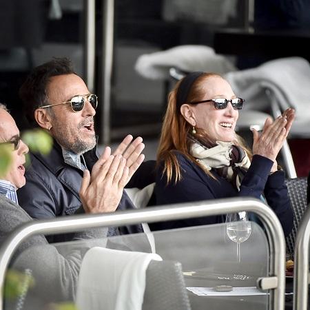 Bruce Springsteen en zijn vrouw Patti Scialfia volgen aandachtig de prestaties van hun dochter (PRO SHOTS/Jan Kok)