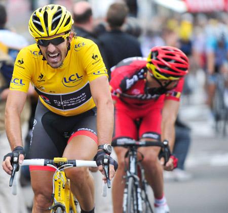 Fabian 'Spartacus' Cancellara na één van zijn 28 etappes in de gele trui (PRO SHOTS/Gepa)