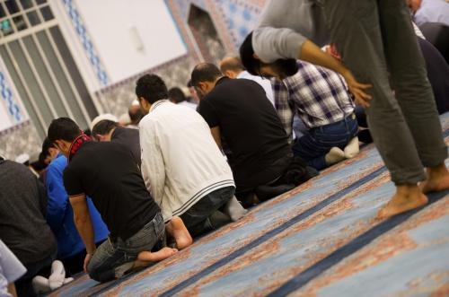 Turkse moskeeën helpen voedselbanken (Foto: ANP)