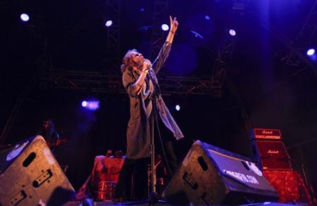 Drummer Crystal Fighters overleden