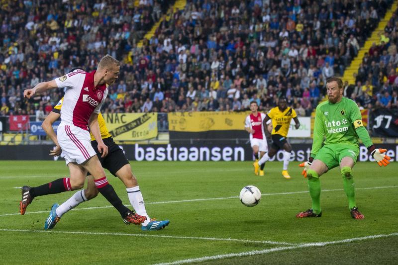 Sigthórsson was de grote man bij Ajax met drie doelpunten (Pro Shots/Joep Leenen)