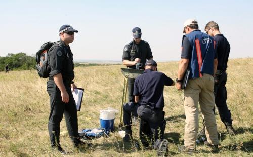 Vier Nederlanders op rampplek MH17
