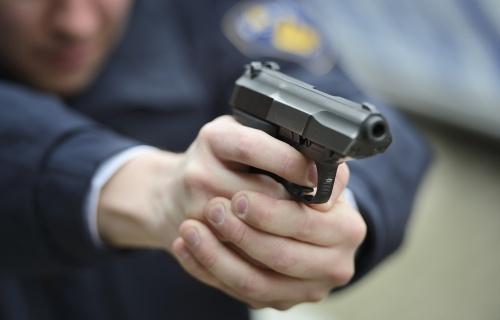 Politie schiet na snelkraak Harderwijk