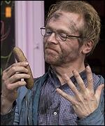 Simon Pegg als Neil