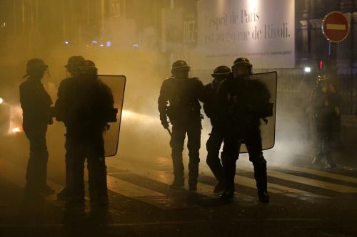 Geweld bij protest tegen Frans politiegeweld