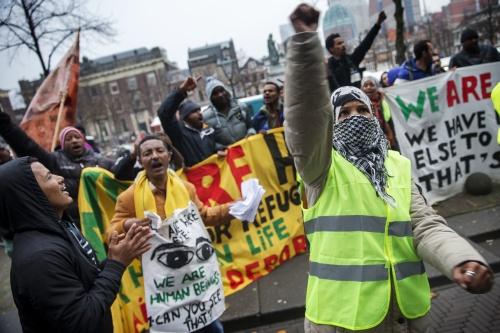 Asielzoekersmars aangekomen in Den Haag