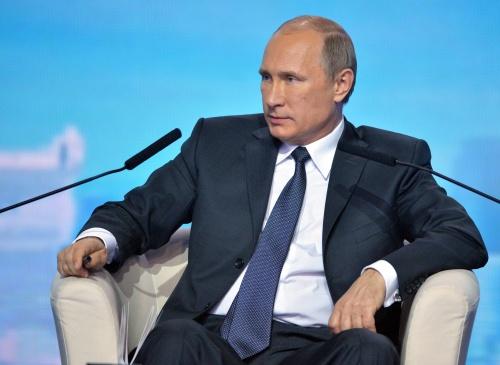 Poetin: Rusland vormt geen bedreiging