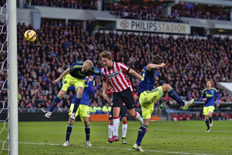 Luuk de Jong maakte de gelijkmaker voor PSV (Pro Shots/Stanley Gontha)