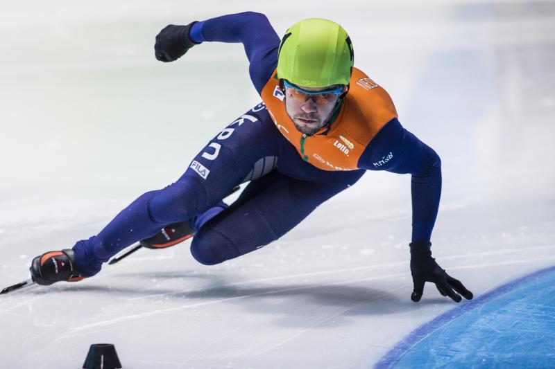 Sjinkie Knegt is de nieuwe wereldkampioen shorttrack (PROSHOTS/Erwin Spek)