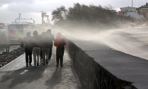 Lentestorm in Duitsland op orkaankracht