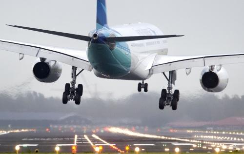 Wind hindert vliegverkeer Schiphol