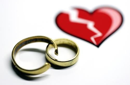 New Yorkse trouwt tien mannen