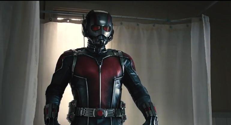 Ant-Man in kostuum