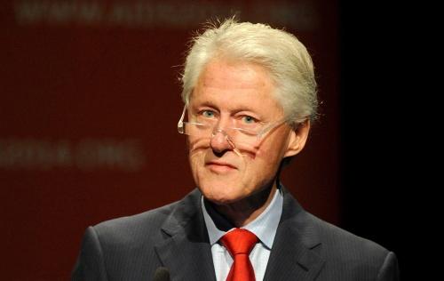 Noodlanding Bill Clinton in Tanzania