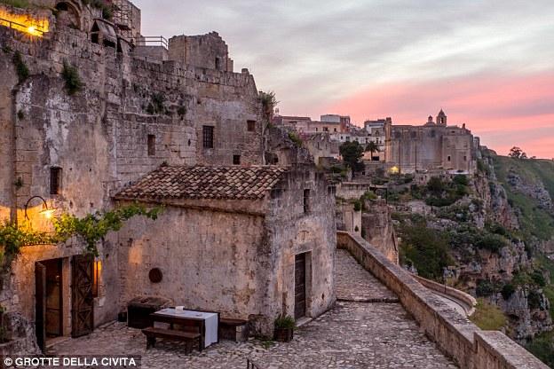 Huizen voor slechts 1 euro in Itali? (Foto: Grotte Della Civita)