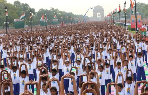 Eerste dag van de yoga groot succes in India