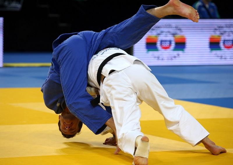 Mooren wordt in de halve finale op zijn rug gegooid door Mudranov (PRO SHOTS/Gepa)