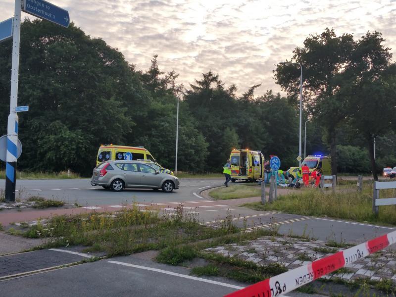 Dodelijk ongeval Vijf Eikenweg Oosterhout 25-06-15 (Foto: Sneakydesert)