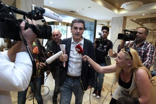 Tsakalotos bevestigd als opvolger Varoufakis