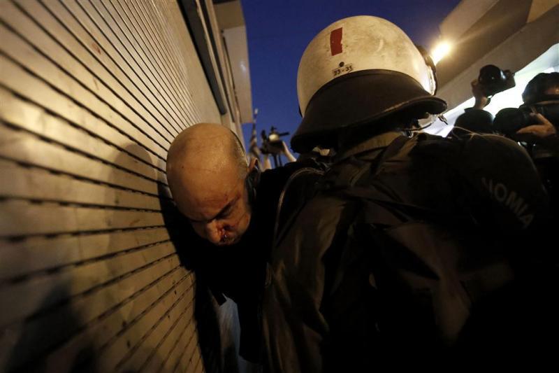 Vlam in de pan bij Grieks protest