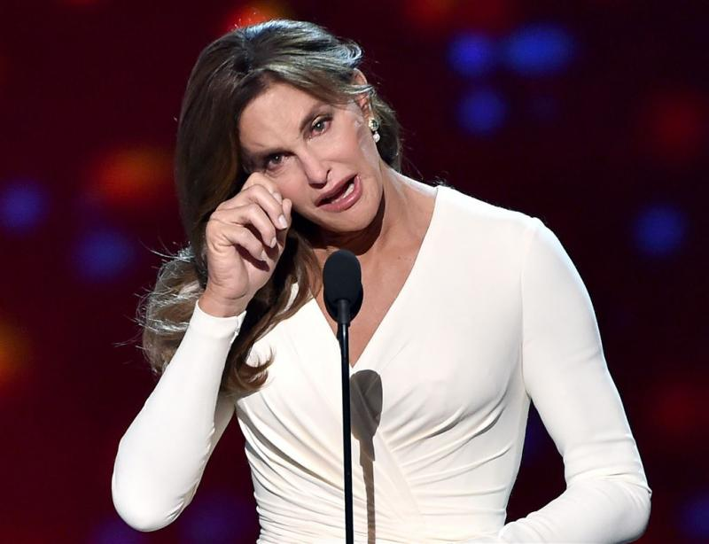 Caitlyn Jenner geeft emotionele speech