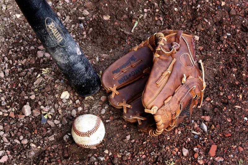 Pitcher Mejia 162 wedstrijden geschorst