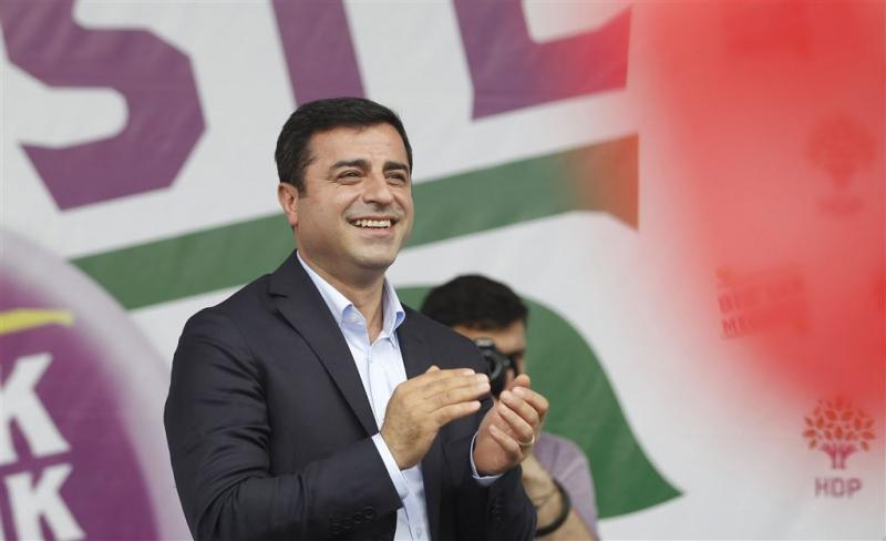 Turkse justitie onderzoekt oppositieleider