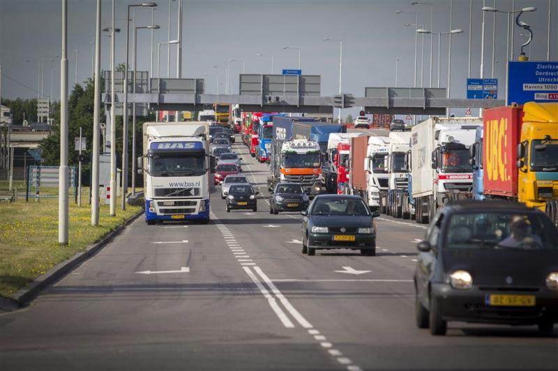 'Groei transport en logistiek zet door'