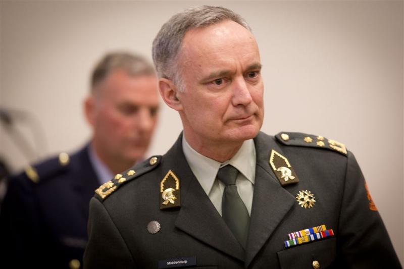 Generaal Middendorp wil versterking leger