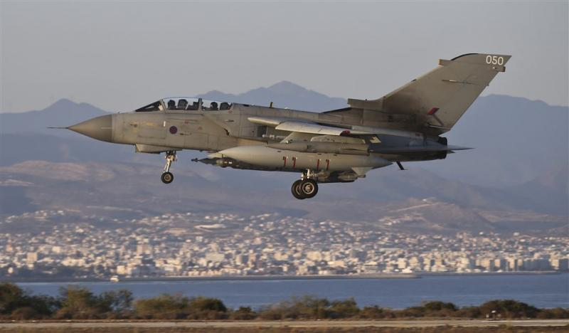 Groot-Brittannië verlengt luchtaanvallen op IS