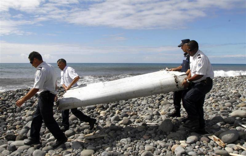 Frankrijk zoekt wrakstukken MH370 in oceaan