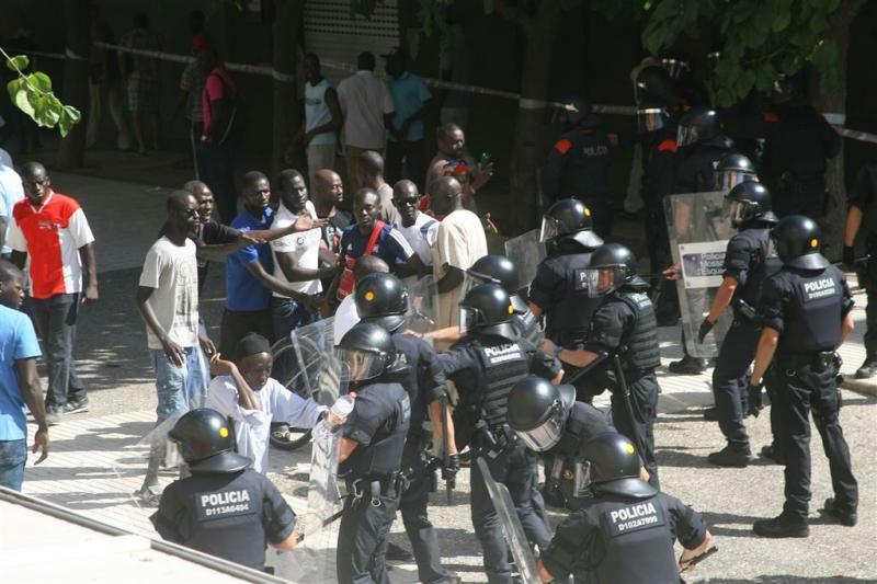 Rellen in Salou na dood immigrant