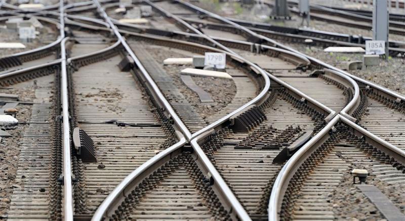 Man ernstig gewond na ongeval met trein