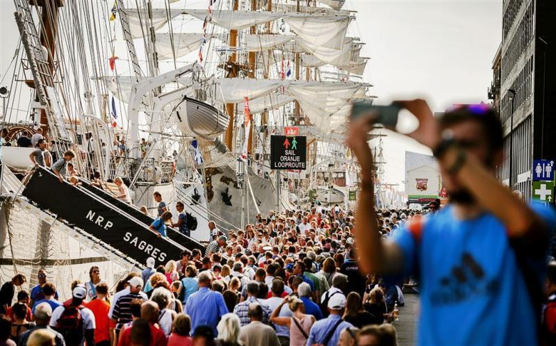 Zakkenrollers en dronken schippers op Sail