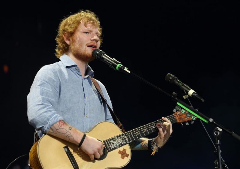 'Ed Sheeran vrijwilliger in kringloopwinkel'