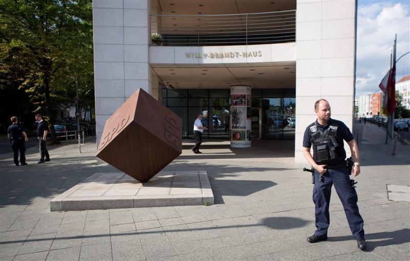 Hoofdkantoor SPD ontruimd na bommelding