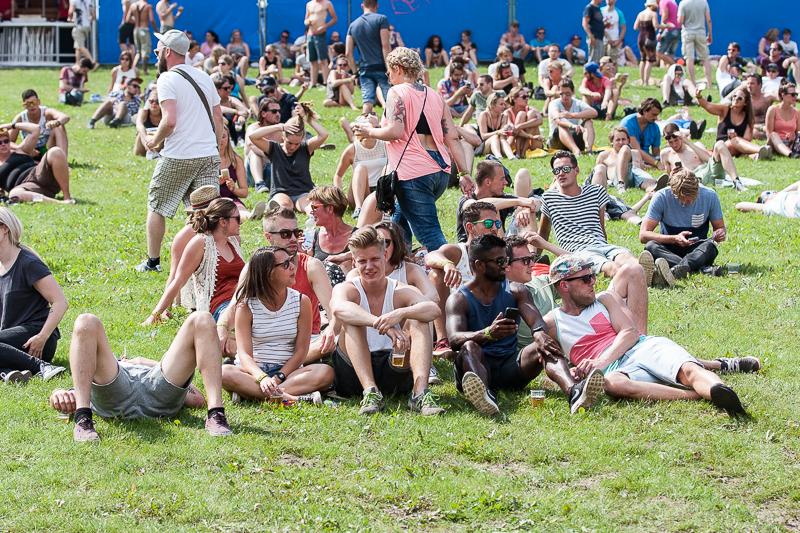 Het publiek ontwaakt (Foto: Michella Kuijkhoven)