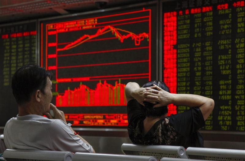 Chinese beurzen gaan verder onderuit