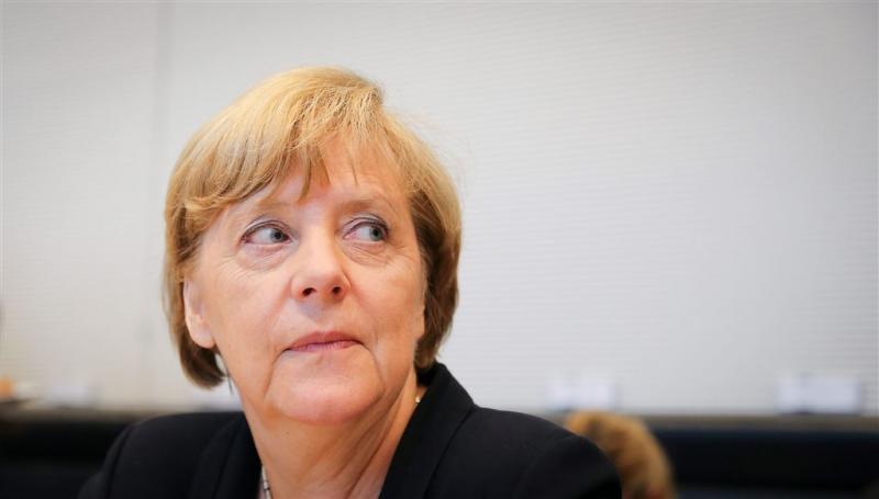 Merkel uitgejouwd bij bezoek aan Heidenau